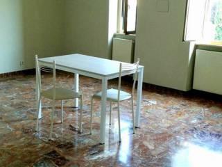 Foto - Trilocale buono stato, terzo piano, Genzano di Roma