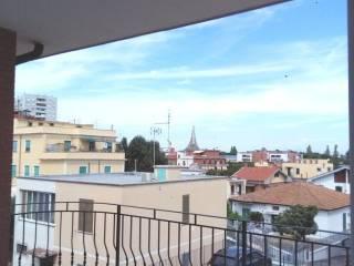 Foto - Trilocale via Domenico Cigni, Torre Angela, Roma