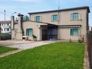 Foto - Villa via Attilio Aurelio Rizzo 70, Villadose