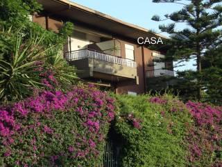 Foto - Appartamento via Mario Rapisardi 62, Aci Castello