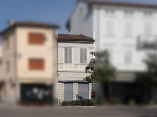 Foto - Palazzo / Stabile piazzale dell'Unita' d'Italia 2, Gradisca d'Isonzo