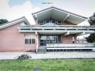 Foto - Casa indipendente Giuseppe Di Vittorio, 11, Grugliasco