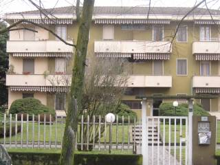 Foto - Trilocale via Monte Baldo, Vigevano