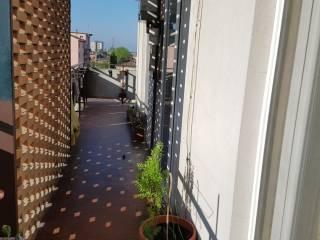 Foto - Trilocale via Fratelli Bandiera, Mantova