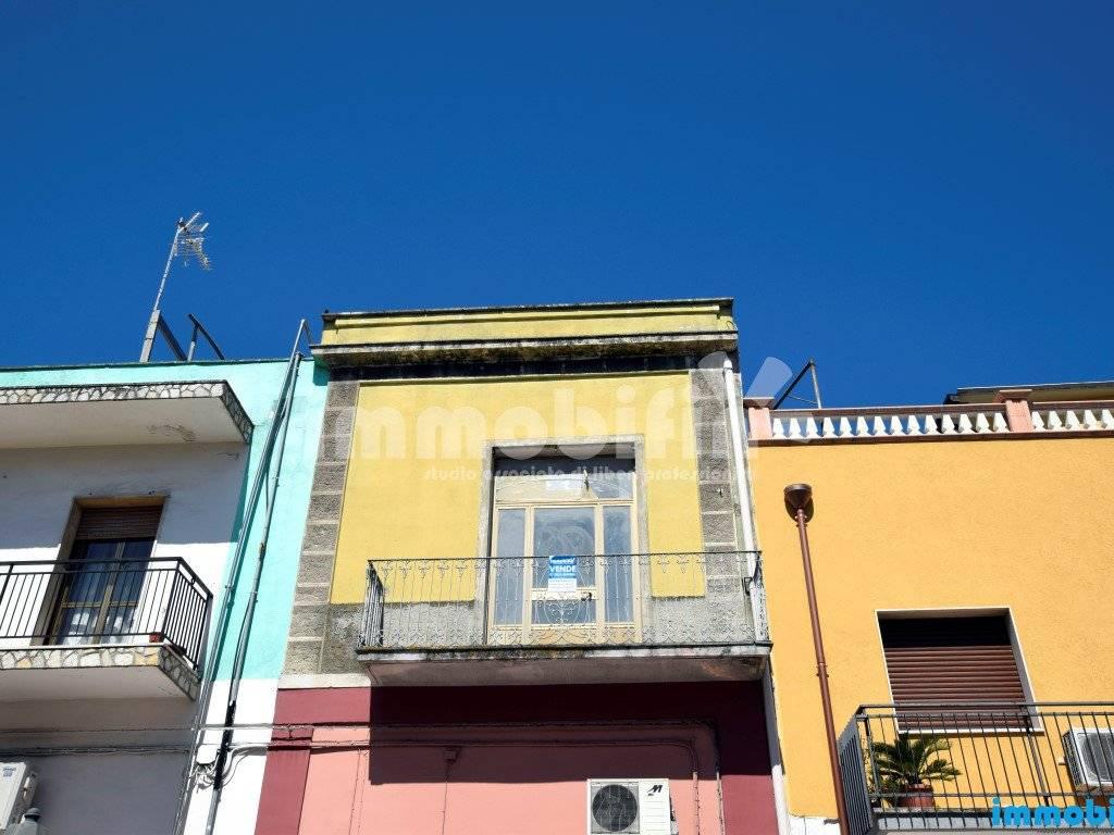 foto esterno Appartamento da ristrutturare, primo piano, Oria