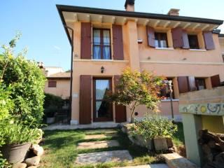 Foto - Villetta a schiera Località Montagnoli, Volta Mantovana