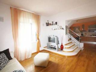 Foto - Villa plurifamiliare, ottimo stato, 150 mq, Abbadia San Salvatore