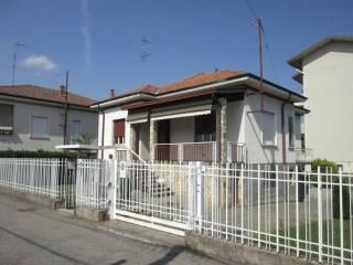 Foto - Villa via Nino Bixio 10, Cassano Magnago