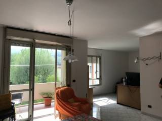 Photo - 4-room flat via Guido Rossa, Rufina