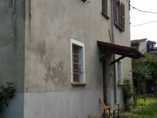 Foto - Rustico / Casale via La Valle, Gropparello