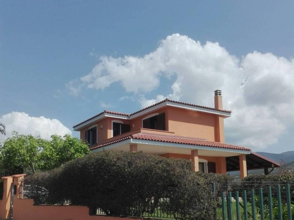 foto  Villa viale Leonardo da Vinci, Quartu Sant'Elena