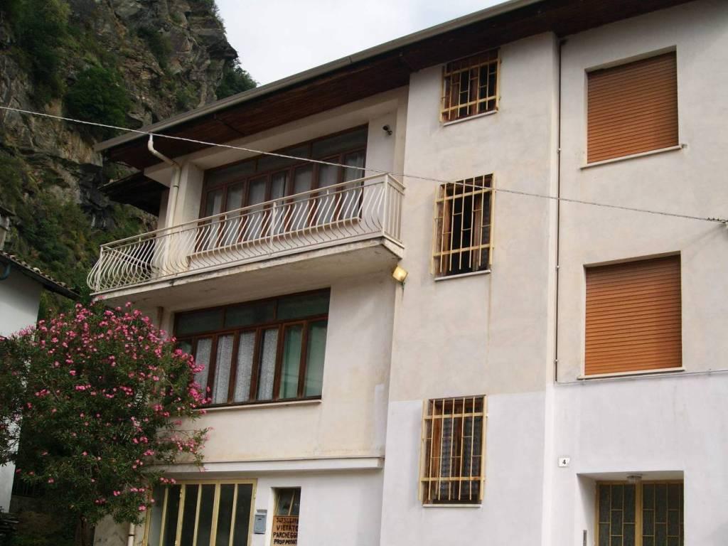 foto Esterno casa Detached house vicolo Fonte Cappellino, Tavagnasco
