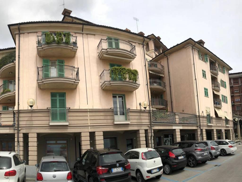 Foto 1 di Quadrilocale Piazza Vittorio Veneto, Fossano