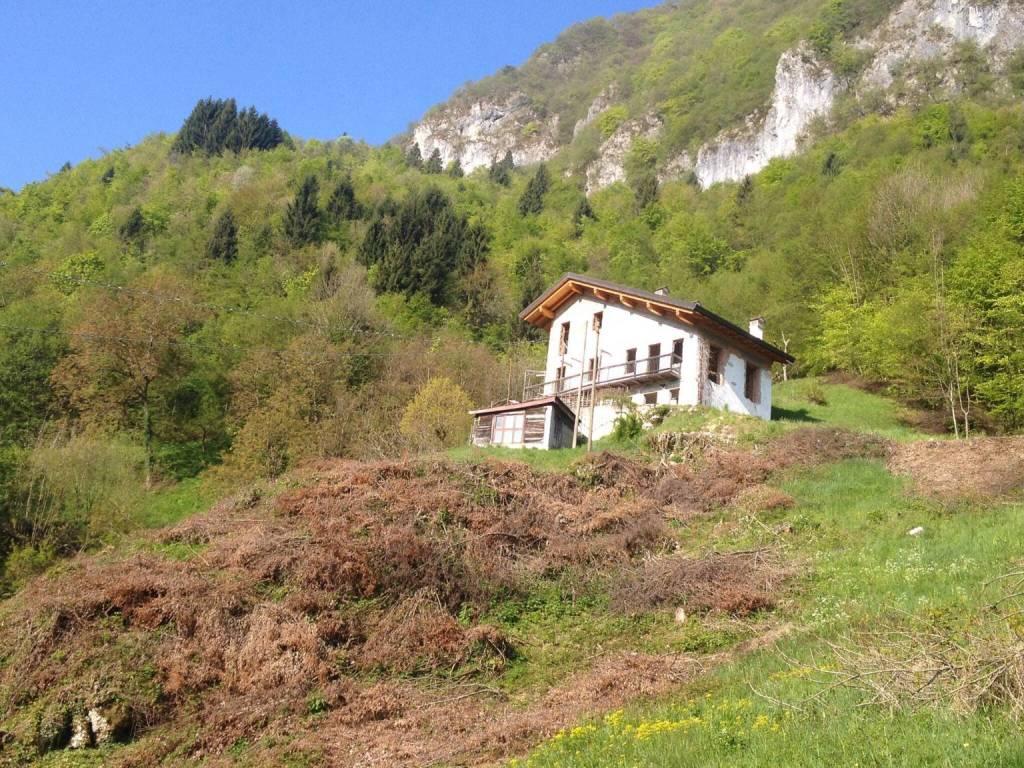 foto  Casa indipendente via Col dei Silvestri, Seren del Grappa