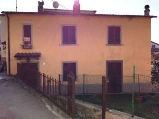 Foto - Villetta a schiera via La Chiusa, Chitignano