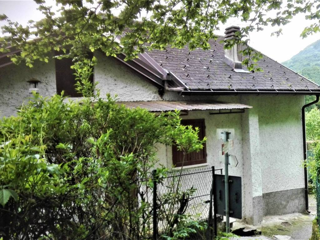 Ufficio Casa Domodossola : Vendita casa indipendente domodossola da ristrutturare