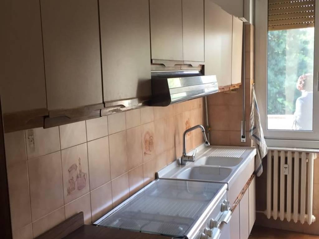 foto Cucina Trilocale via Giuseppe Carozzi, Milano