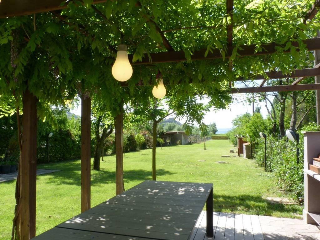 foto  Villa Strada Provinciale Settevene Palo I, Trevignano Romano
