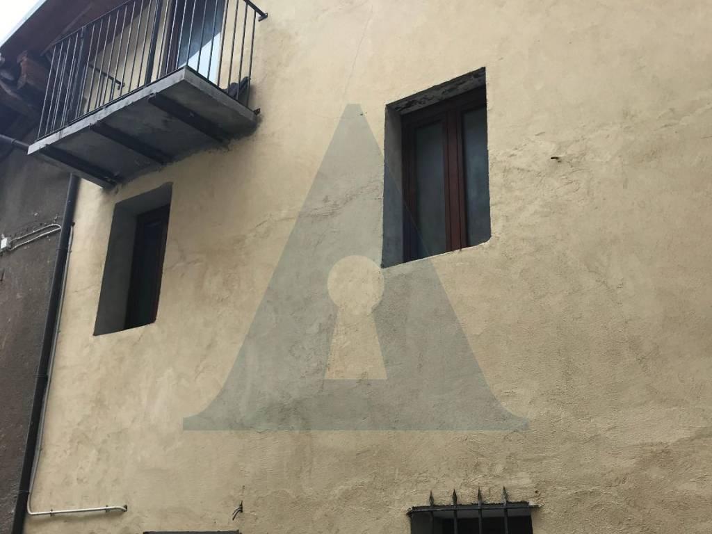 foto  4-room flat via Maestra, Novalesa