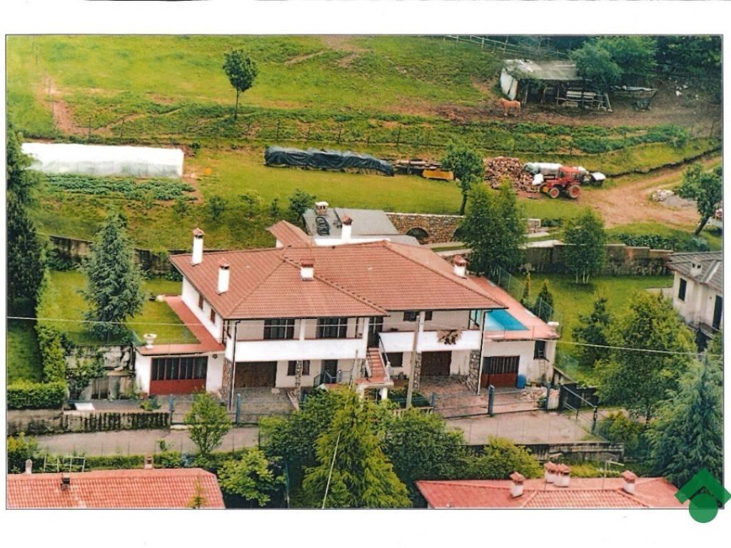 foto Cola Panoramica Villa bifamiliare via Broli, 9, Brione