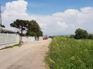 Foto - Terreno edificabile industriale a Pomezia