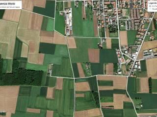 Foto - Terreno agricolo in Vendita a Rovello Porro