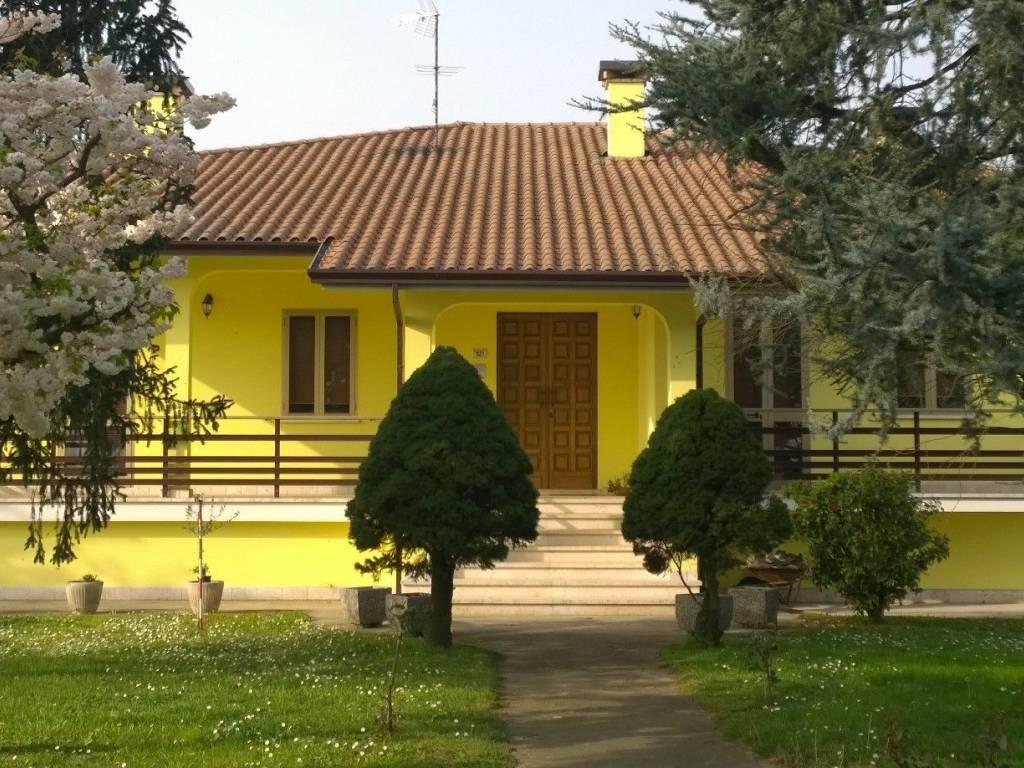foto  Villa via Precona, Castelguglielmo