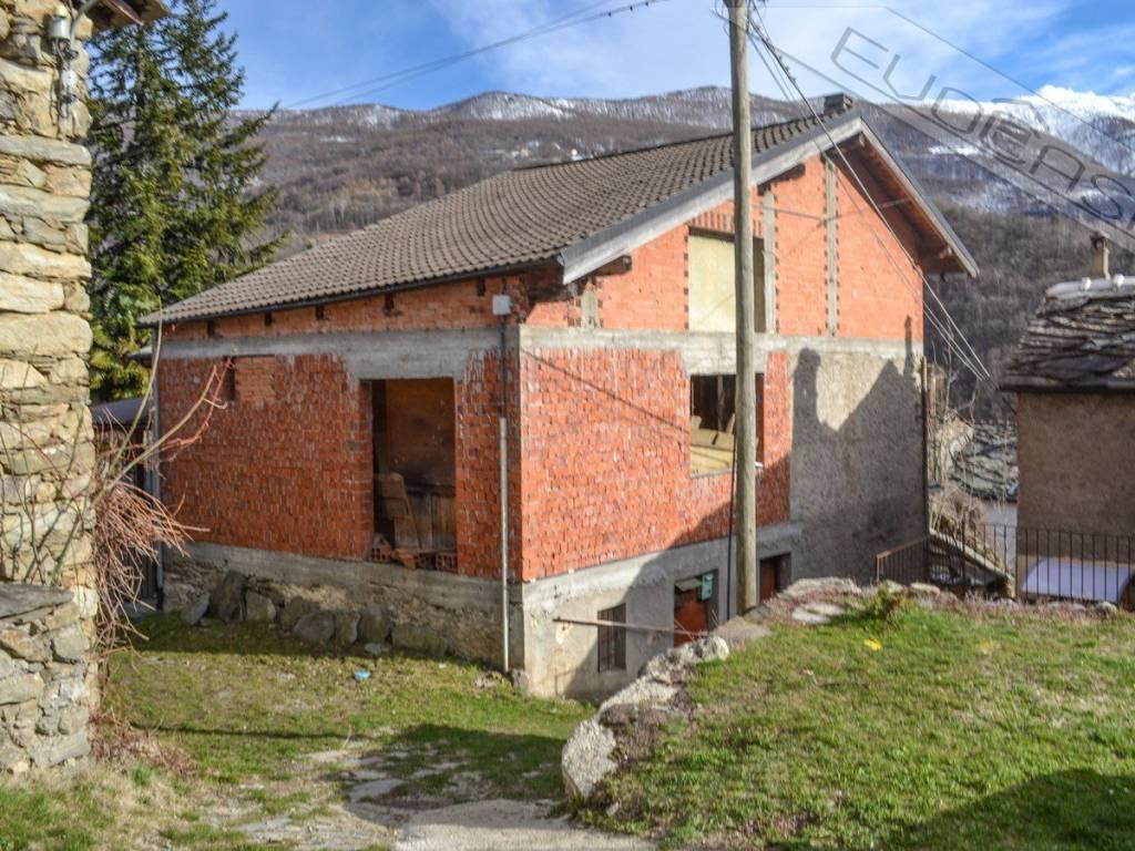 foto esterna Detached house frazione Chiotti Superiori 25A, Perrero