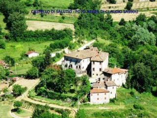 Foto - Palazzo / Stabile tre piani, da ristrutturare, Salutio, Castel Focognano