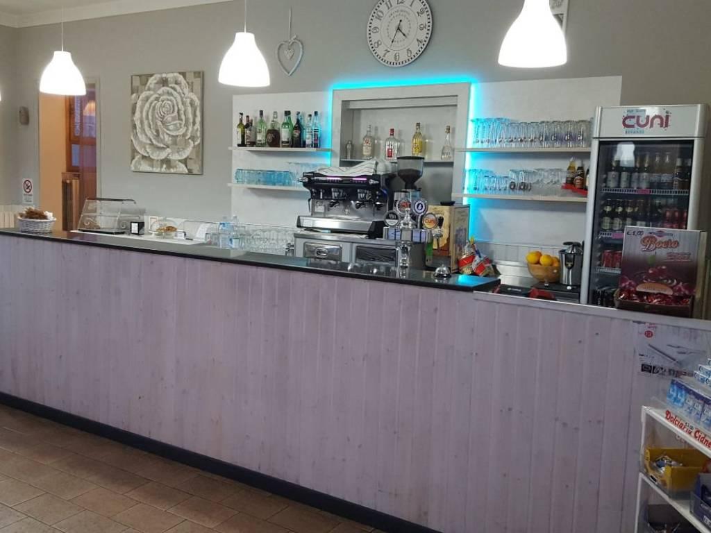 foto Bancone Bar in Vendita a Rodengo Saiano