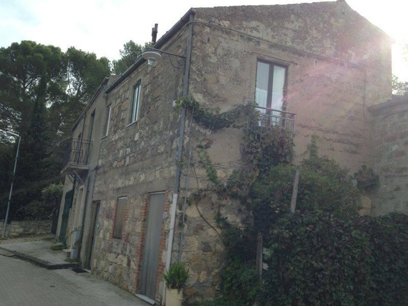 foto  Casa indipendente via dei Borghi, Petralia Soprana