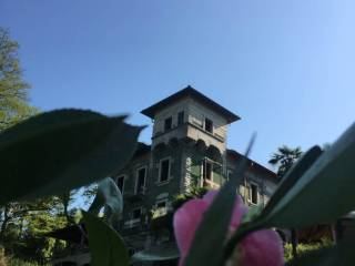 Foto - Palazzo / Stabile via Generale Ravina 3, Malnate
