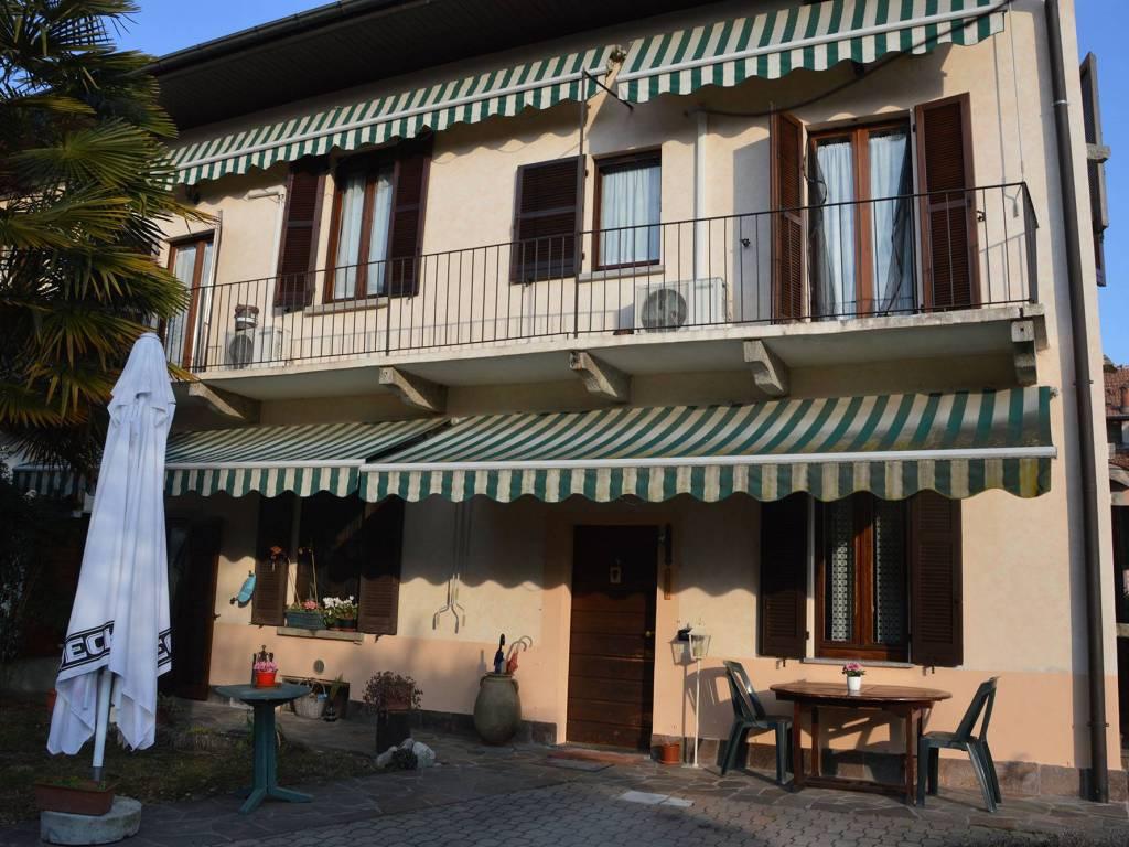 foto  Casa indipendente 132 mq, ottimo stato, Cadrezzate