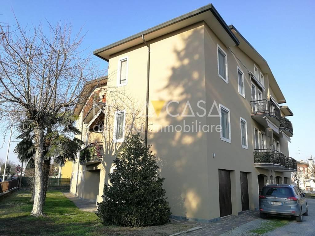 foto esterno 3-room flat good condition, second floor, Camisano