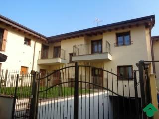 Foto - Trilocale vicolo Cacciatori, 3, Pantigliate