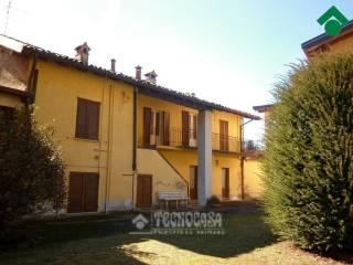 Foto - Casa indipendente piazza Dott  Tirelli, 3, Proserpio