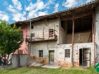 Foto - Casa indipendente 135 mq, da ristrutturare, Mombello di Torino
