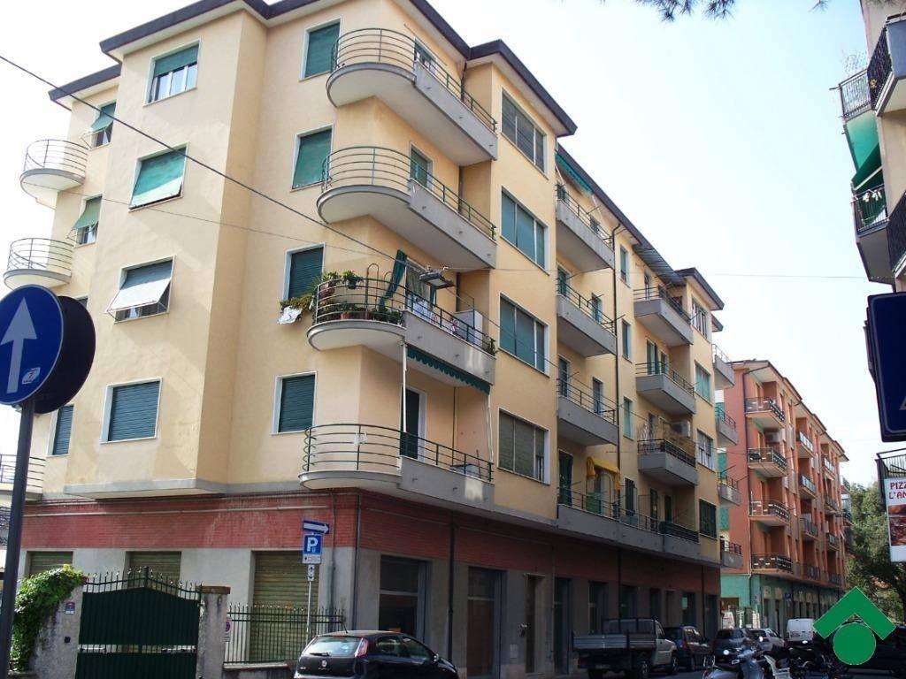 Bagni Pescetto Albisola Superiore : Vendita appartamento albisola superiore trilocale in via giuseppe