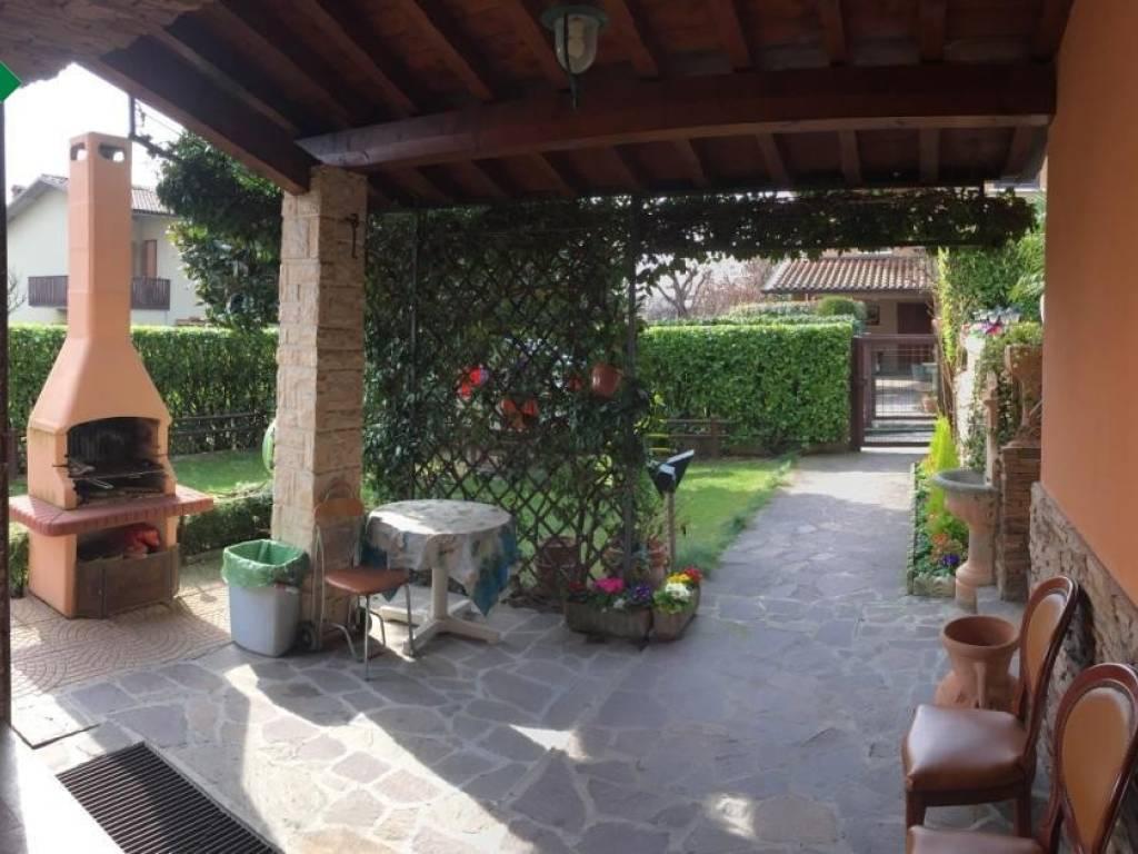 foto  Villa via Aldo Moro, Cellatica