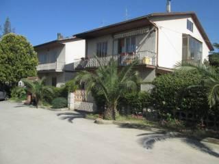 Foto - Appartamento buono stato, primo piano, Loreto Aprutino