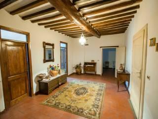 Foto - Casa indipendente via Pietro da, Mercatale, Cortona