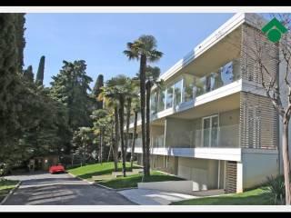 Foto - Trilocale nuovo, ultimo piano, Gardone Riviera