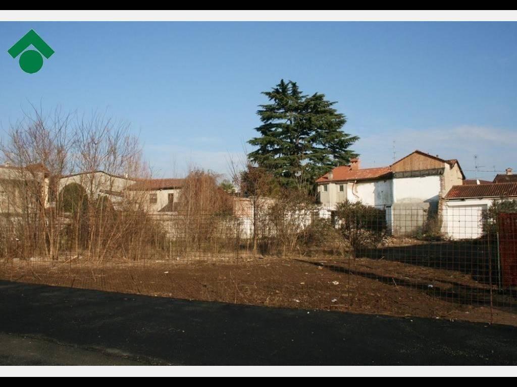 foto Lotto Terreno edificabile residenziale a Carate Brianza