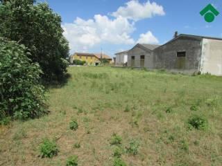 Foto - Terreno edificabile residenziale a Roverbella