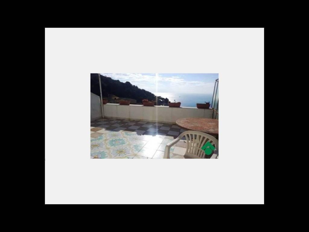 foto  Quadrilocale 71 mq, Vietri sul Mare