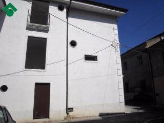 Foto - Casa indipendente vico battisti, 10, Curti