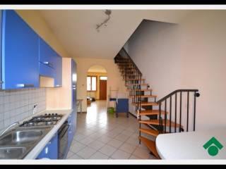 Foto - Casa indipendente via Gorizia, 5, Verolavecchia