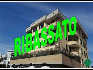 Foto - Quadrilocale buono stato, secondo piano, Aversa