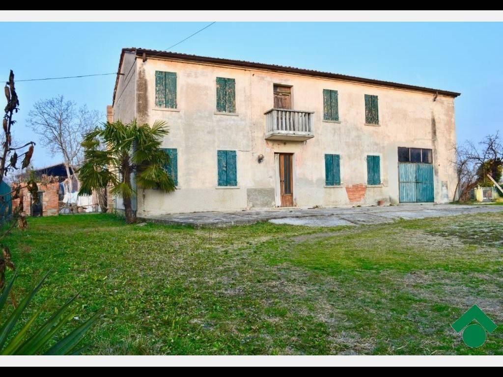 foto  Rustico / Casale via Romea, Legnaro
