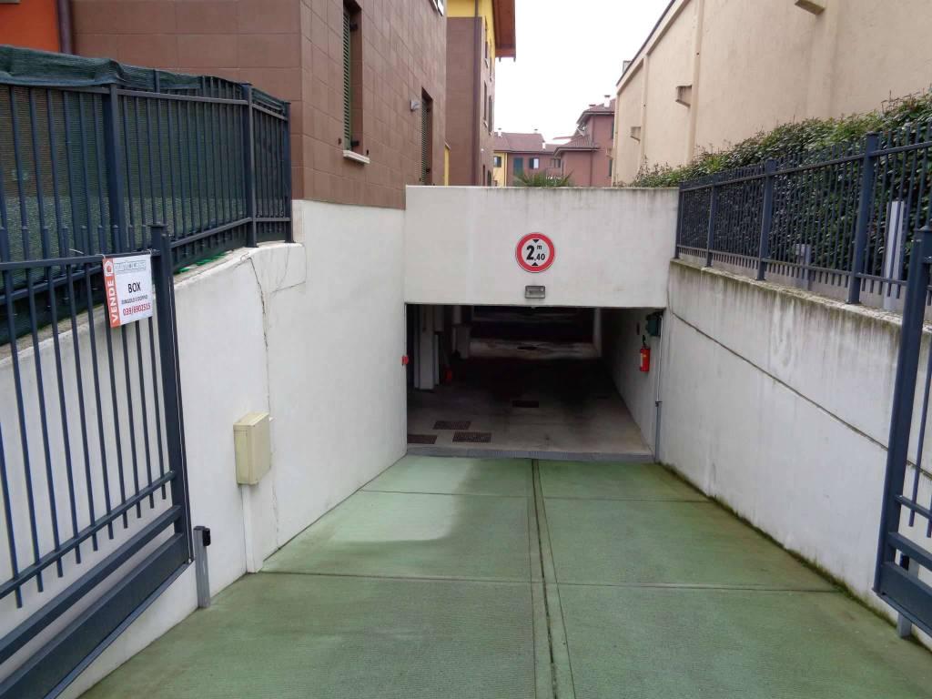foto Box in vendita a Bernareggio - Corsello Box / Garage via Brianza 28, Bernareggio
